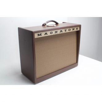 Magnatone Varsity Reverb 15-Watt Tube Combo Amp (Demo B Stock)